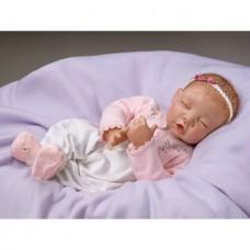Ashton Drake-  Sweet Dreams, Little Ava